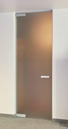 Стъклена врата от матово стъкло
