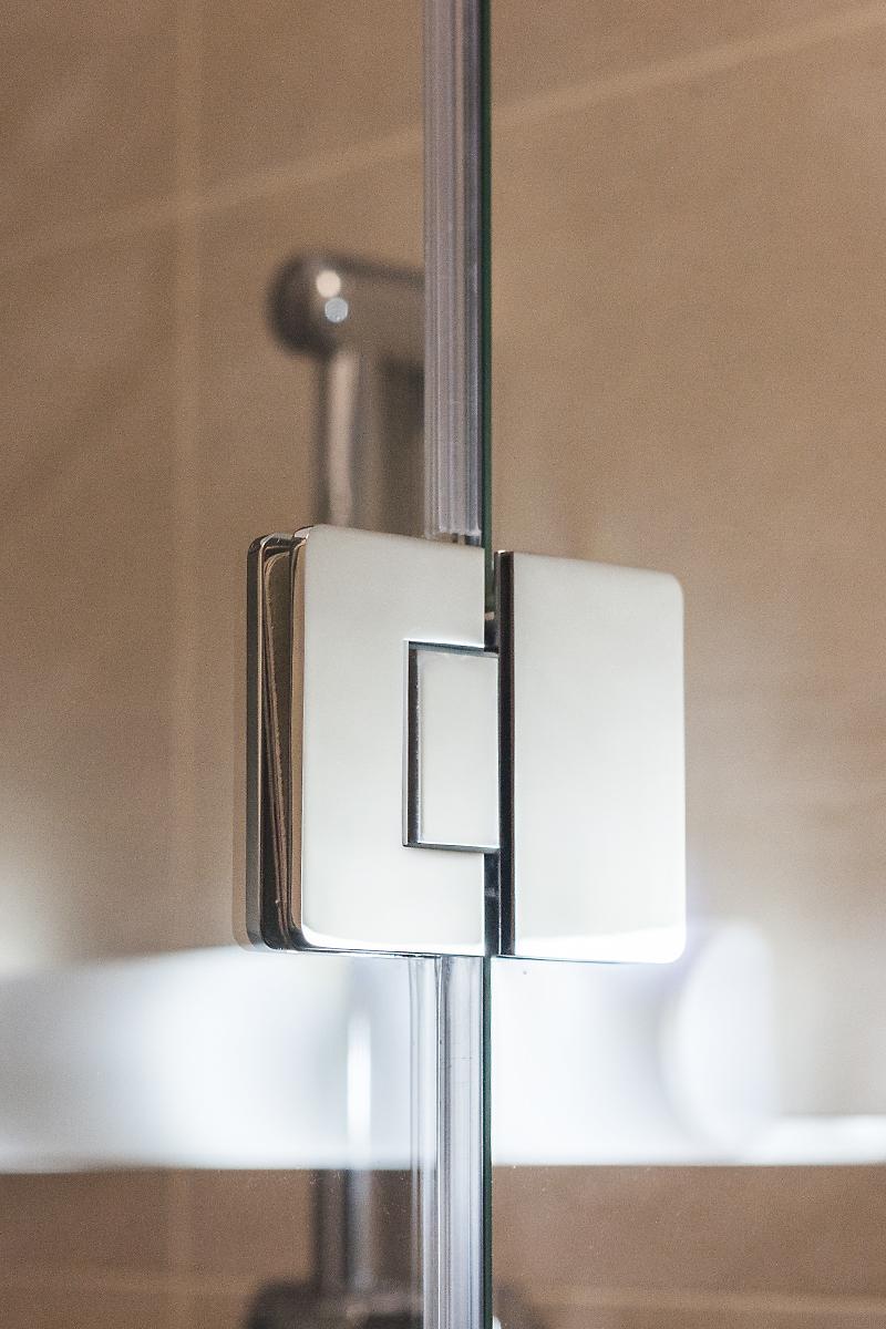 панта за душ кабина