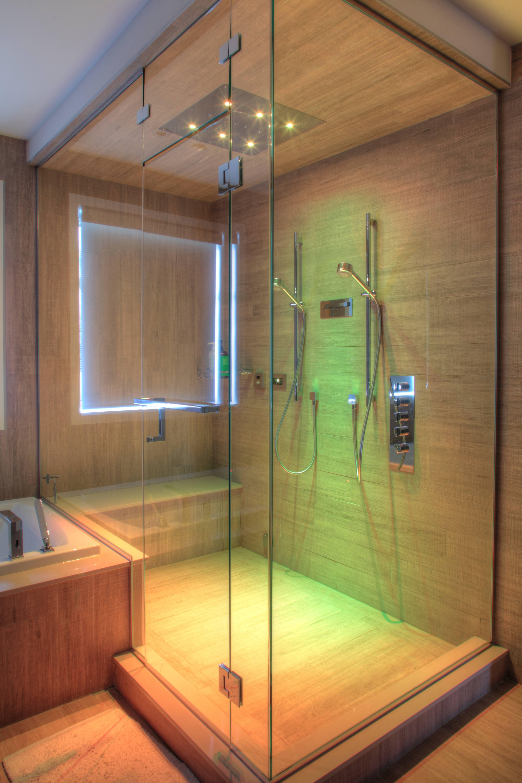 прозрачна душ кабина