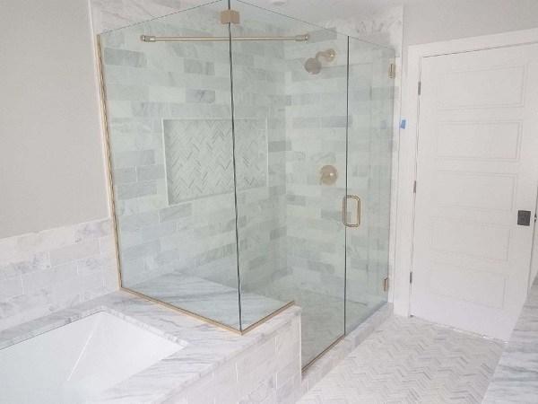 сложна душ кабина